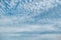 Красивое небо и облака Стоковые Фотографии RF