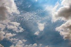 Красивое облака ` s искусства Стоковая Фотография RF