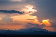 Красивое облако во время захода солнца Стоковое Изображение RF