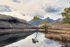 Красивое озеро в Казахстане Стоковые Изображения