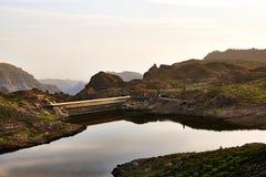Красивое озеро горы на Канарских островах canaria gran в Испании Стоковая Фотография