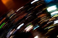 Красивое освещение линии abstrac ночи футуристической здания СИД стоковая фотография rf