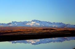 Красивое отражение озера гор Стоковые Фотографии RF