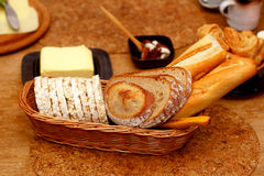 Красивое расположение завтрака с хлопьями утра, в коричневых тонах Стоковое Фото