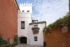 Красивое старое здание в старом городке Испании Стоковые Фото