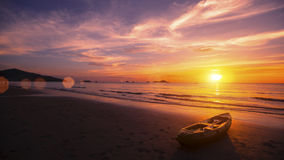Красивое сумерк на пляже океана Природа Стоковое Изображение RF