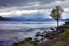 Красивое сценарное toya Хоккаидо Японии озера стоковое фото