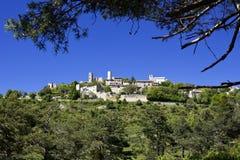 Красивое французское горное село Bargeme. стоковые фотографии rf