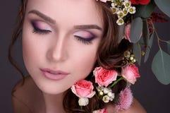 Красивое флористическое изображение на конце-вверх моделей Стоковые Изображения
