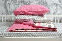 Красивое children& x27; кровать s, другие цвета Стоковые Изображения