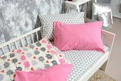 Красивое children& x27; кровать s, другие цвета Стоковая Фотография