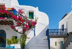 Красивое Chora острова Folegandros - Греции стоковое фото rf