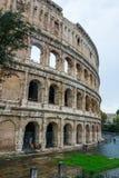 Красивое Colisseum - впечатляющее Colosseum Рима стоковая фотография