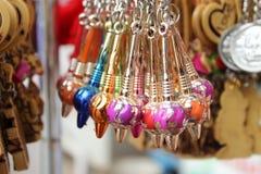 Красивое keychain gada в магазинах улицы стоковые фото
