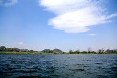Красивое lakeview в графстве puzhehei, Юньнань, фарфоре Стоковые Изображения RF