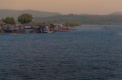 Красивое twilight небо над морем Стоковые Изображения RF