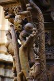 Красиво высекл идолы, Jain висок, расположенный в комплекс форта, Jaisalmer, Раджастхан, Индия стоковая фотография