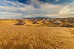 Красивые виды ландшафта пустыни Пустыня Гоби Монголия Стоковое фото RF
