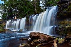 Красивые водопады в Keila-Joa, Эстонии Стоковые Изображения RF
