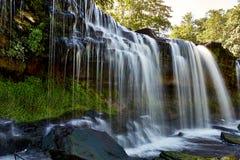 Красивые водопады в Keila-Joa, Эстонии стоковое изображение