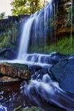 Красивые водопады в Keila-Joa, Эстонии стоковое изображение rf