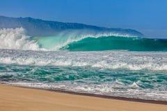 Красивые гаваиские волны на северном береге Стоковое Изображение RF