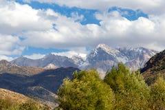Красивые горы Тянь-Шань kazakhstan стоковая фотография