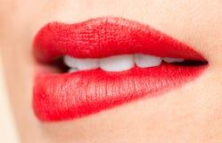 Красивые губы с красной губной помадой Стоковое Фото