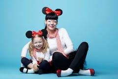 Красивые девушки с масками мыши Стоковое фото RF