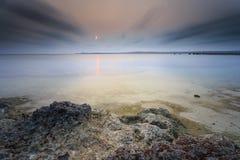 Красивые заход солнца и восход солнца стоковое изображение