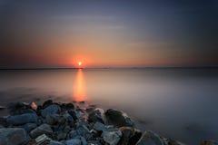 Красивые заход солнца и восход солнца стоковые фотографии rf