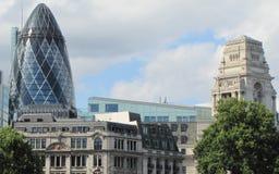 Красивые здания изобилуют в Лондоне стоковые изображения