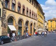 Красивые здания на Pitti придают квадратную форму в Флоренсе - итальянском стиле - ФЛОРЕНС/ИТАЛИЯ - 12-ое сентября 2017 Стоковое фото RF