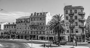 Красивые здания и взгляды улицы в Лиссабоне - ЛИССАБОНЕ/ПОРТУГАЛИИ - 14-ое июня 2017 Стоковое фото RF