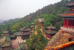 Красивые здания на холме долговечности в летнем дворце, Пекине Стоковые Фотографии RF
