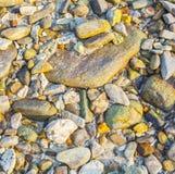 Красивые камни и утесы в солнечном свете с интересным st гармоники Стоковые Изображения RF