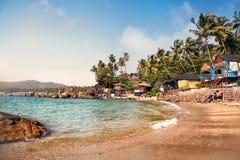 Красивые коттеджи на пляже Goa стоковая фотография rf