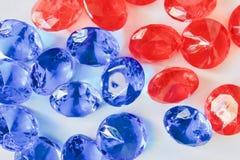 Красивые красные и голубые диаманты Стоковые Изображения RF