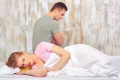 Красивые молодые пары на ссоре Стоковые Фото
