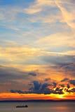 Красивые небо и облака захода солнца Стоковое Изображение RF