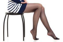 Красивые ноги тонкой девушки Стоковое Изображение