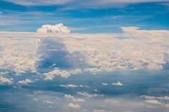 Красивые облака в небе что-то которое на земле, только красивые как рай стоковое изображение
