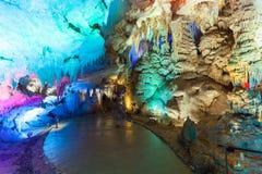 Красивые освещения в пещере Prometheus Стоковое фото RF