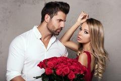 Красивые пары на дате Стоковое Изображение