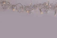 Красивые свадьба или рождество справедливо освещают с жемчугами Стоковая Фотография