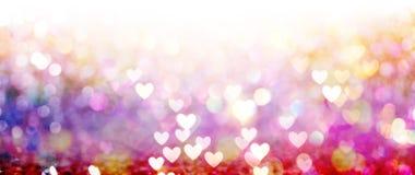 Красивые сияющие сердца и абстрактные света бесплатная иллюстрация
