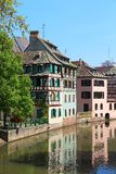 Красивые старые дома в страсбурге, Франции стоковая фотография