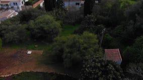 Красивые съемки трутня 4K захода солнца на Алгарве, Португалии сток-видео