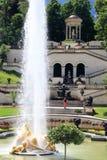 Красивые характеристики и фонтаны воды стоковые изображения rf