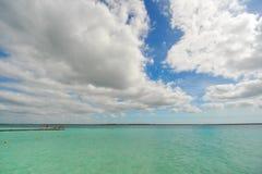 Красивые цвета лагуны bacalar стоковые изображения rf